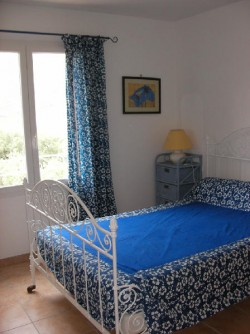 les hesp rides location d 39 une villa la roche saint secret drome. Black Bedroom Furniture Sets. Home Design Ideas
