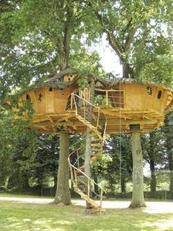 cabanes du domaine des ormes cabanes perch es ou sur. Black Bedroom Furniture Sets. Home Design Ideas