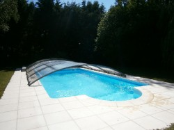Piscine couverte si besoin  et chauffee 8 x 4 m