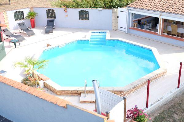 Villa nico ange g te de vacances la roche chalais dordogne for Piscine d eau cognac