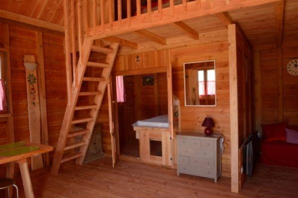 les cabanes de sou gnes locations de vacances massat ariege. Black Bedroom Furniture Sets. Home Design Ideas