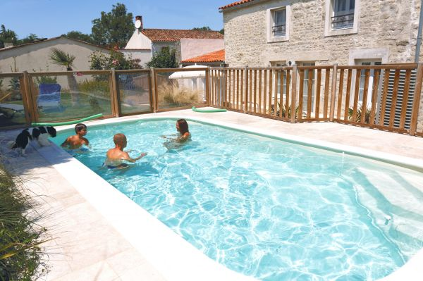 Gite le bistrot g te de vacances la bretonni re vendee - Piscine guilherand grange ...