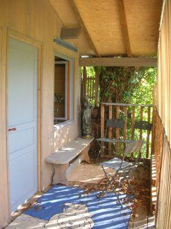 la cabane dans l 39 erable cabane perch e en location. Black Bedroom Furniture Sets. Home Design Ideas