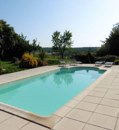 L 39 toile filante g te avec piscine en location caussade for Piscine caussade