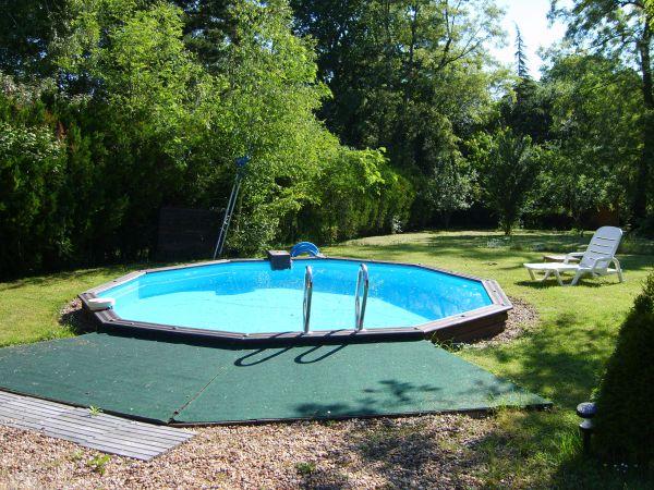 Palagonia g te avec piscine chaumont sur loire loir et for Camping loir et cher avec piscine