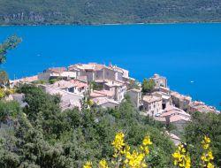 Location lac de ste croix en haute Provence.