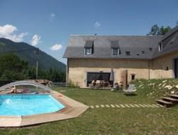 Gites avec hammam et piscine dans les Pyrénées.
