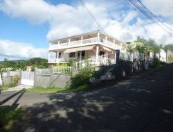 Seaside holiday accommodation in Guadeloupe
