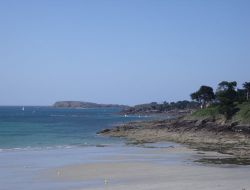 Seaside holiday rental in Brittany. near Saint Lunaire