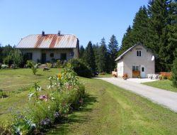 Gîtes à la Chapelle des Bois en Jura