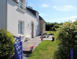 Seaside holiday home in the Finistere, Brittany near Lampaul Ploudalmézeau