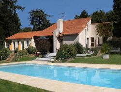 B & B with swimming pool in Vendee, Loire Area