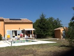 Holiday home in the heart of the Luberon  near Mallemort