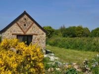 Ecological holiday cottage in North Brittany.