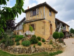 Holiday cottage near Auch in the western of France