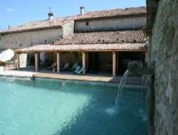 Gite with swimming pool in Provence, South of France.