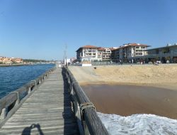 Seafront holiday rental in Aquitaine.