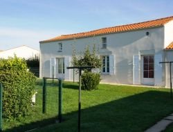 Holiday homes near La Rochelle in Poitou Charente near Puyravault