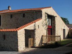 Gite avec piscine interieure en Vendée.