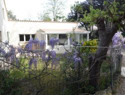 Holiday home near Salon de Provence near Vitrolles