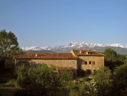 Holiday cottage for a group near French Pyrenees near Oust