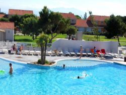 Seaside holiday rental in the Roussillon, southern France. near Salses le Chateau
