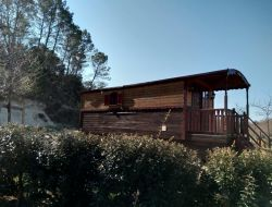 Holidays in gypsy caravans in Languedoc Roussillon. near Uzes