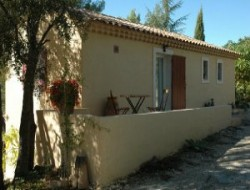 Gite close to Aix en Provence, nearby Marseille. near Vitrolles