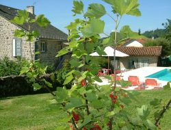 B&B with swimming pool in the Cantal, Auvergne near Ladinhac