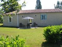 Holiday cottage near Perigueux and Sarlat in Aquitaine near Saint Felix de Reillac