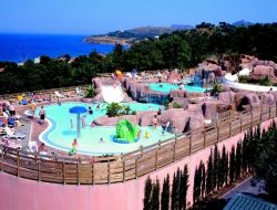Seafront holiday accommodation in the Roussillon, France near Saint Cyprien