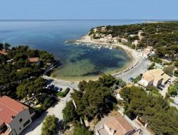 Seaside holiday accommodation in Provence near Vitrolles