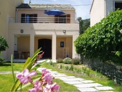 Seafront holiday rentals in Corsica