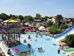 Camping avec piscine chauffée en vendee, pays de la loire