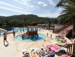 Holiday accommodation on camping in Languedoc near Céret