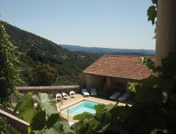 Holiday homes with heated pool  in Ardeche, Rhone Alps