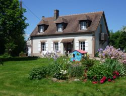 Holiday cottages in Orne near Moulicent