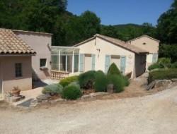 G�te avec piscine a louer dans l'Aveyron.
