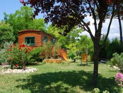 Unusual holiday accommodation in Provence near Bédoin