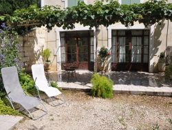 Holiday accommodation close to Avignon in Provence.