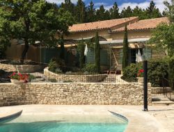 Cottage rentals in the Luberon in Provence near Mallemort