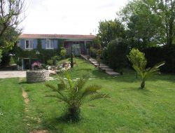 Holiday home close to La Rochelle in Poitou Charentes near Les Mathes
