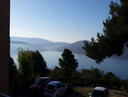 Holiday accommodation lake of Saint Croix du Verdon, France