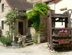 Holiday home near Chalon sur Saone in Burgundy near Auxey Duresses
