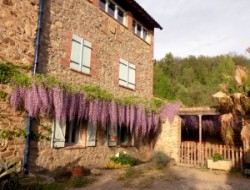 Gite avec piscine a louer dans les Pyrénées Orientales.