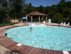 Campsite mobil-homes in Auvergne near Aix la Fayette
