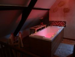 B&B with sauna and spa in the North Pas de Calais, France.
