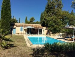 Gite with pool in Provence near Jouques