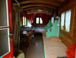 Unusual stay in gypsy caravan in Burgundy
