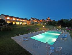 Holiday home with pool in Dordogne, Aquitaine.